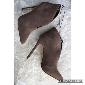 Forever 21 Sz. 7 high heeled ankle boots